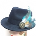 Feather Hat brooch - Blue